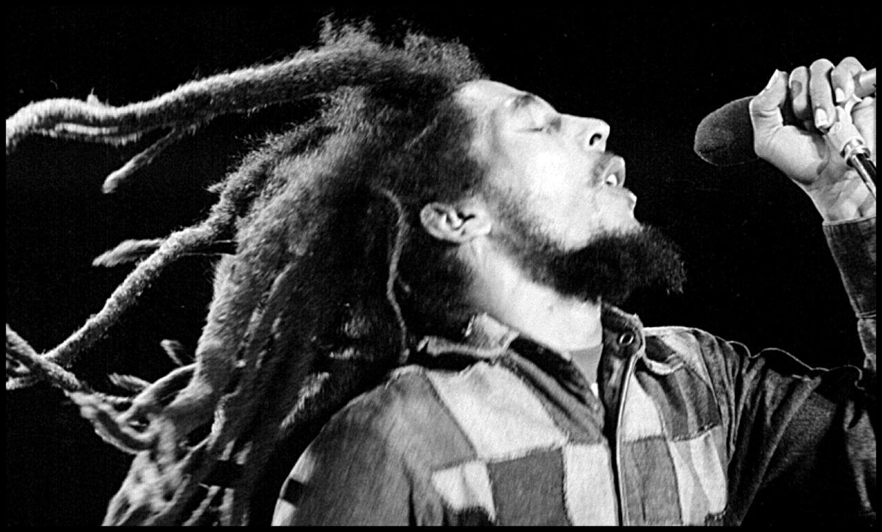 Bob Marley durante un concierto