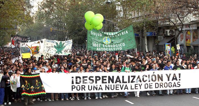 Multitudinaria manifestación en Argentina