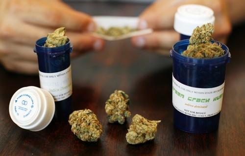 Porros liados sólo con marihuana